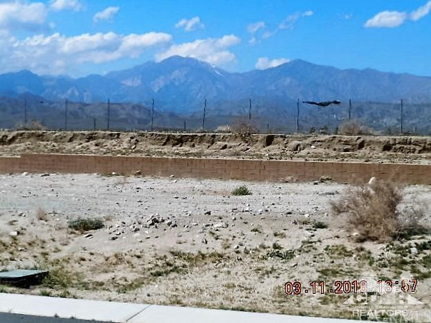 0 Bald Eagle Lane, Desert Hot Springs CA: http://media.crmls.org/medias/46ba2455-1301-4ce3-8d63-63982105a5d2.jpg
