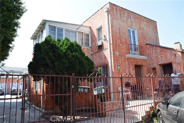 325 Kenmore Avenue, Los Angeles, California 90004