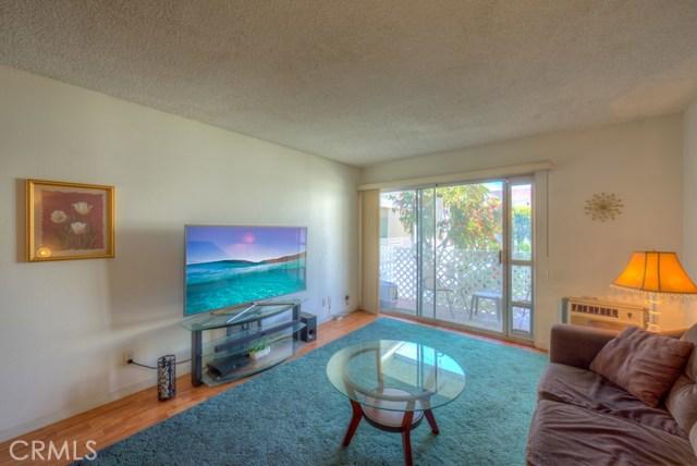 3565 Linden Avenue, Long Beach CA: http://media.crmls.org/medias/46bbf9ee-b1cc-4f32-a9bc-765d677c8e1f.jpg