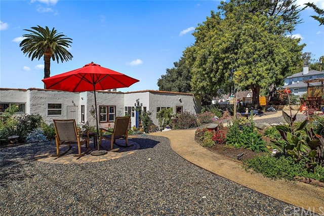 302 Buena Vista Avenue, San Luis Obispo CA: http://media.crmls.org/medias/46c0a748-b7c9-4438-b1b7-81ba47d877c0.jpg