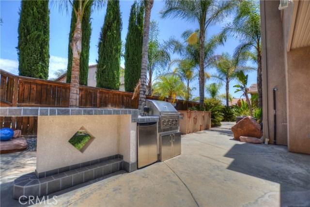 41707 Grand View Drive, Murrieta CA: http://media.crmls.org/medias/46ca2f67-1c11-4aa2-a3f4-bf83aad6b259.jpg