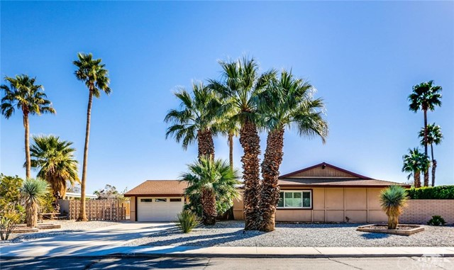 Single Family Home for Sale at 2388 Avenida Caballeros 2388 Avenida Caballeros Palm Springs, California 92262 United States