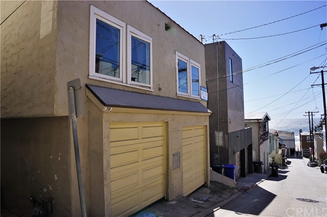 208 Moonstone Street, Manhattan Beach, CA 90266