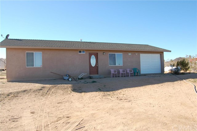 675 Wamego, Yucca Valley CA 92284