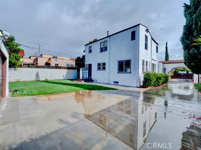 1635 S Fairfax Avenue, Los Angeles CA: http://media.crmls.org/medias/46e093f8-880e-491b-9e30-40b444dc8452.jpg