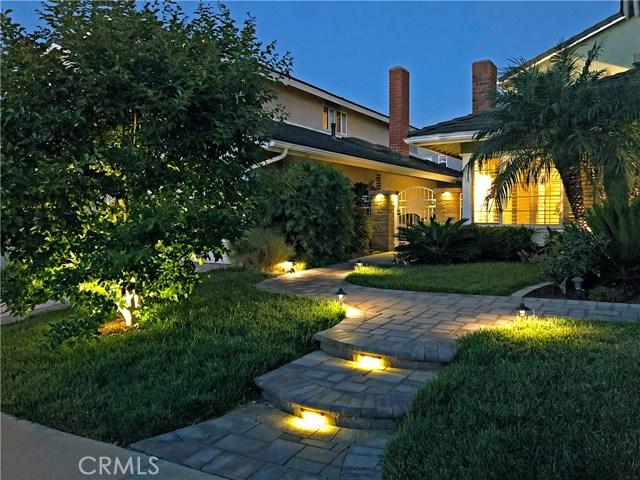 13 Winterbranch, Irvine CA: http://media.crmls.org/medias/46f33d33-baa6-4153-aa47-af836cec9427.jpg
