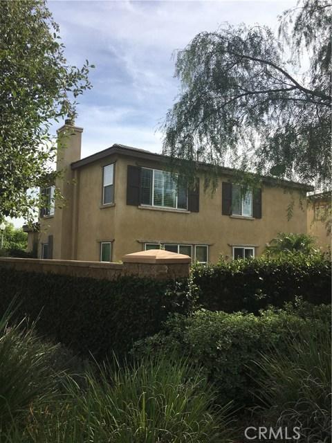 1825 Glen Rosa Street, Upland CA: http://media.crmls.org/medias/46f57a0a-9f95-4d09-b54e-73424d610907.jpg
