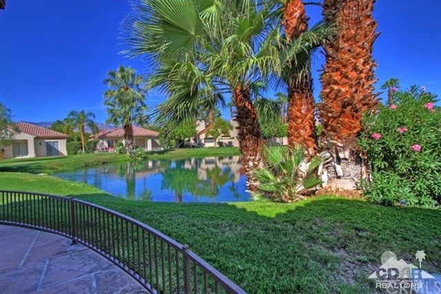 6 Wimbledon Circle Rancho Mirage, CA 92270 is listed for sale as MLS Listing 215020866DA