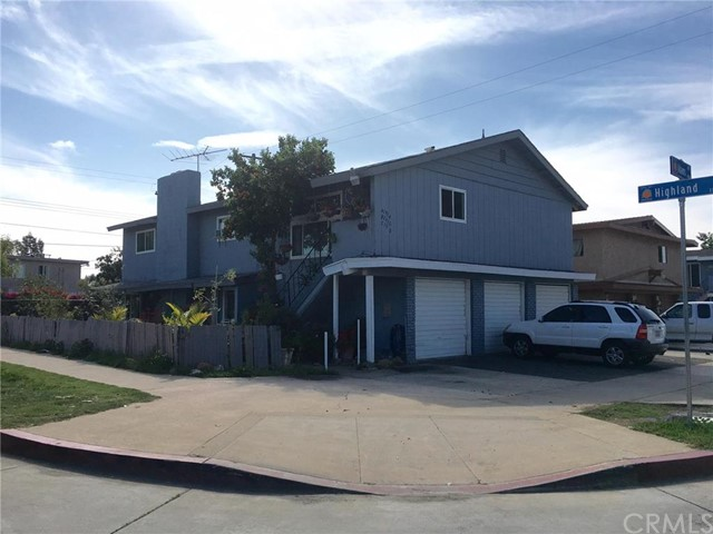 1914 E Adams Avenue Orange, CA 92867 is listed for sale as MLS Listing DW16044983