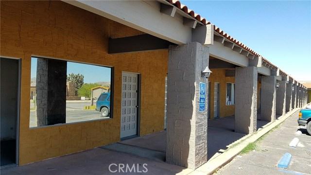办公室 为 销售 在 56020 SANTA FE Trail Yucca Valley, 92284 美国