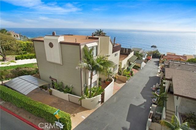 32041 Point Place, Laguna Beach CA: http://media.crmls.org/medias/470a21fe-97b4-42b6-a60e-658cc8f4512b.jpg