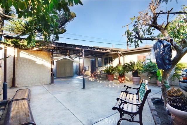1715 W 152nd Street, Compton CA: http://media.crmls.org/medias/471198d5-4ea1-4c11-82b9-b2a06cebe1b5.jpg