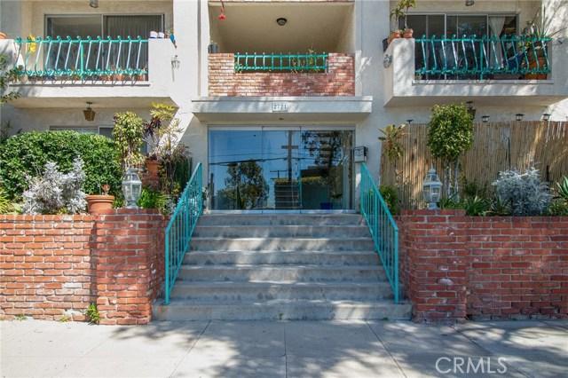 2721 6th St, Santa Monica, CA 90405 Photo 1