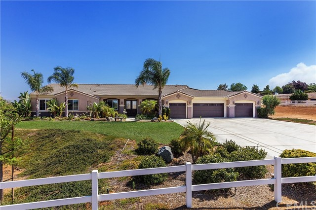 17459 Big Sky Cr, Lake Mathews, CA 92570 Photo