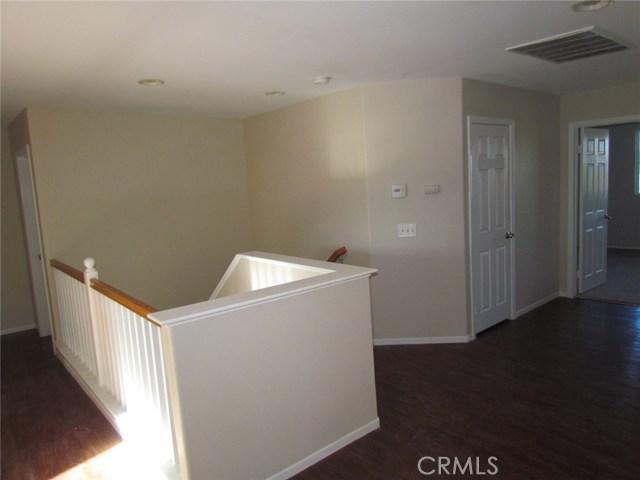 42205 57th W Street, Quartz Hill CA: http://media.crmls.org/medias/47309e8e-7247-4e9b-ad6e-ab8be256509d.jpg