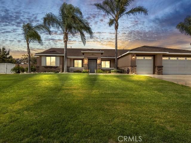 10169 Woodbridge Lane, Riverside CA: http://media.crmls.org/medias/473b68e4-b09e-4e4e-8647-646cdc9ea182.jpg