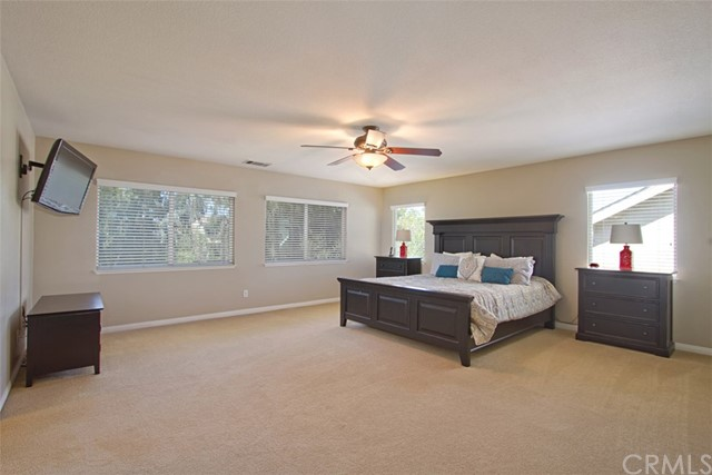 39981 Williamsburg Pl, Temecula, CA 92591 Photo 18