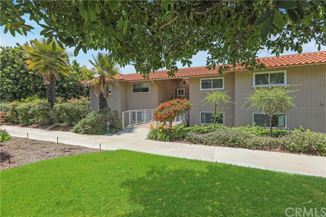 Photo of 874 Avenida Sevilla #B, Laguna Woods, CA 92637