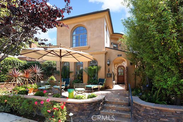 Condominium for Sale at 432 Acacia St Corona Del Mar, California 92625 United States