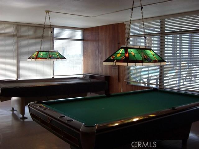 305 N Jade Cove, Long Beach CA: http://media.crmls.org/medias/4748b4ff-0420-4de0-8d33-9023a0aac649.jpg