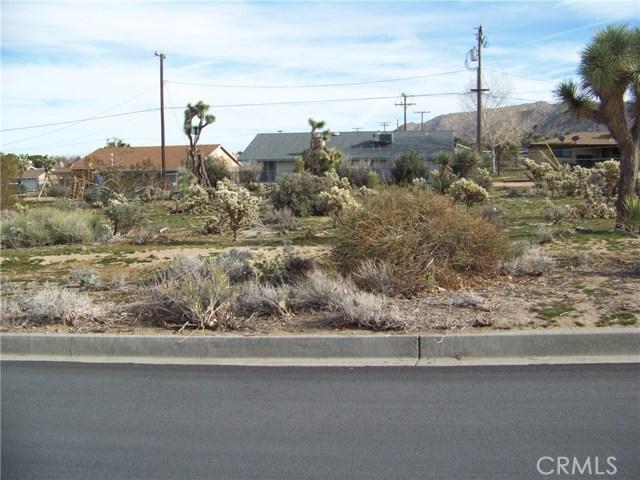 7483 Goleta Avenue, Yucca Valley CA: http://media.crmls.org/medias/475317de-61ab-464b-8f0a-9a35e2bb4aad.jpg