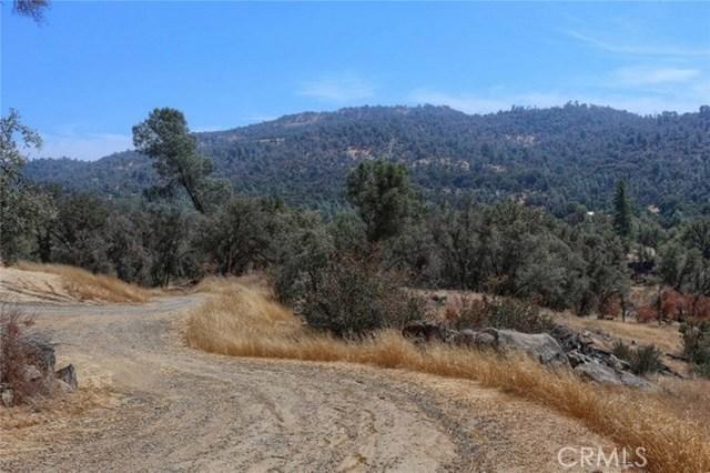 2374 Green Hills Road, Mariposa CA: http://media.crmls.org/medias/475b8bd9-124f-4072-b01b-97c2073fdd05.jpg