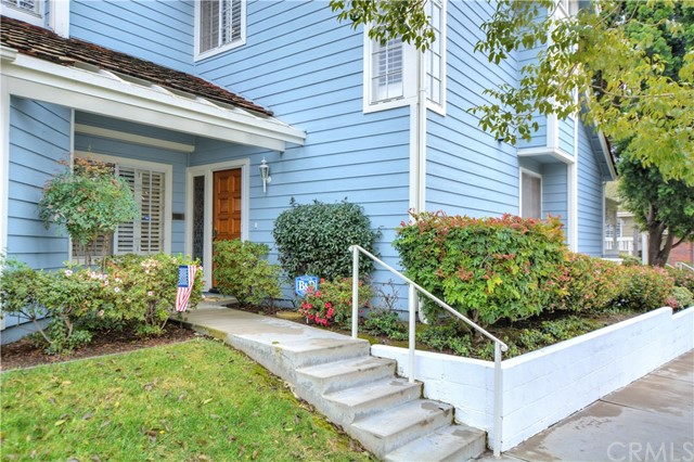 661 Wakefield Court 103 Long Beach, CA 90803 is listed for sale as MLS Listing DW17036085