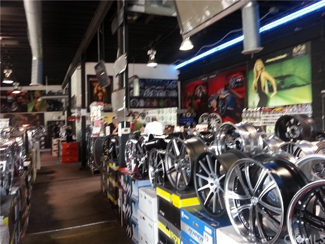 Business Opportunity for Sale at 4473 Century Blvd 4473 Century Blvd Inglewood, California 90304 United States