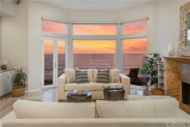 3616 The Strand, Manhattan Beach, California 90266, 4 Bedrooms Bedrooms, ,2 BathroomsBathrooms,Condominium,For Sale,The Strand,SB20042356
