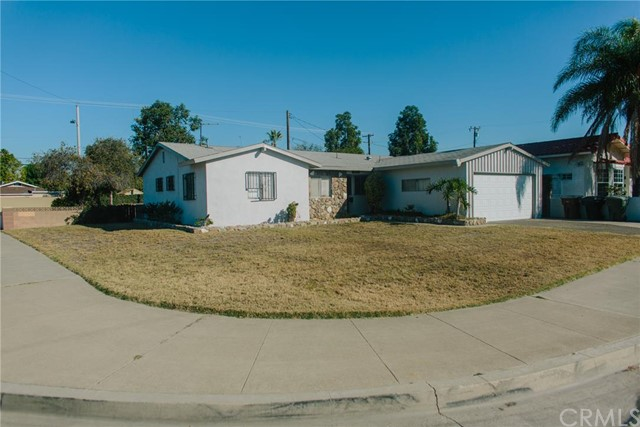 Single Family Home for Sale at 12512 Sungrove St Garden Grove, California 92840 United States