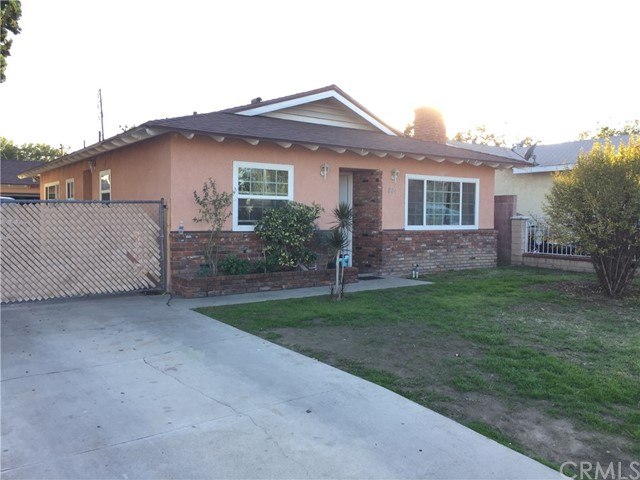 Single Family Home for Sale at 4224 E 55th St Maywood, California 90270 United States