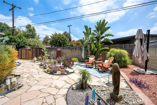 1004 Nutwood Avenue, Fullerton CA: http://media.crmls.org/medias/4784ccf5-5184-427d-8e02-3b3617fd017d.jpg