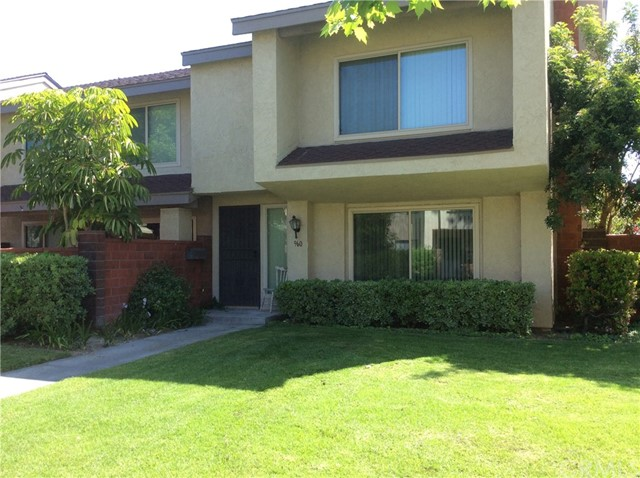 Townhouse for Rent at 960 Lamark Lane W Anaheim, California 92802 United States