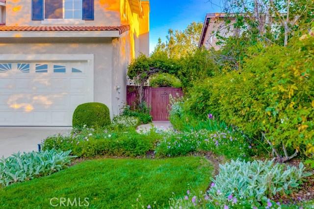598 Redondo Lane, Corona CA: http://media.crmls.org/medias/479acee0-b2e9-423a-b5ae-10e69ebc905c.jpg