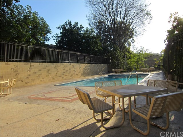 4002 E HORSESHOE Lane Unit 55 Anaheim, CA 92807 - MLS #: OC18267728