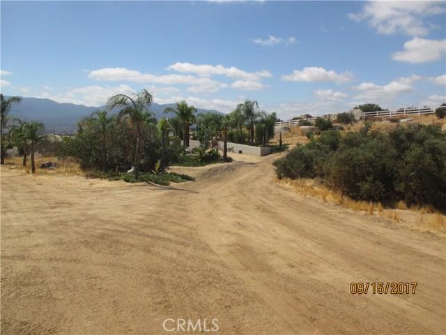 43881 Soaring Hawk Road Aguanga, CA 92536 - MLS #: SW17209035