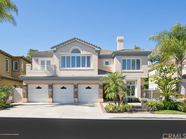 Single Family Home for Sale at 17 Gray Stone St Laguna Niguel, California 92677 United States