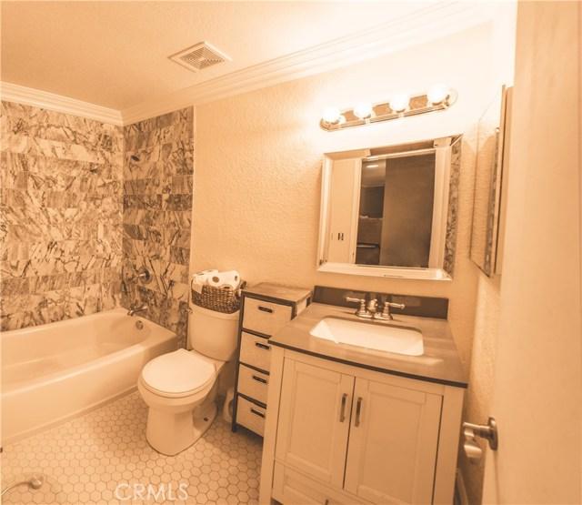 29025 Kimberly Avenue, Moreno Valley CA: http://media.crmls.org/medias/47ba2c63-70a0-4659-b430-6ef99feb2a0f.jpg