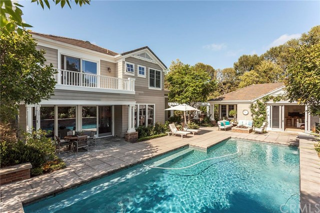 Single Family Home for Rent at 18 Turnberry St Newport Beach, California 92660 United States