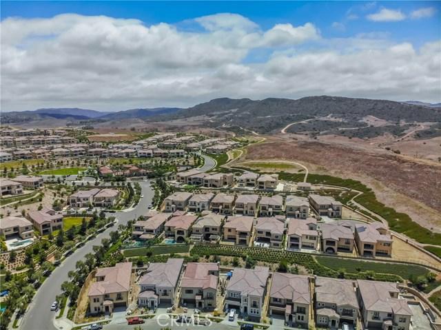 129 Amber Sky, Irvine CA: http://media.crmls.org/medias/47d07141-7852-490d-bd03-1e88aee4aa78.jpg