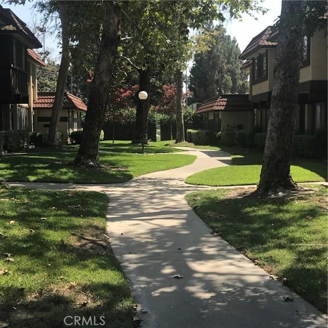 2751 W PARKSIDE Lane, Anaheim CA: http://media.crmls.org/medias/47db5e4c-cb3f-4b22-8db9-e827715de6e3.jpg