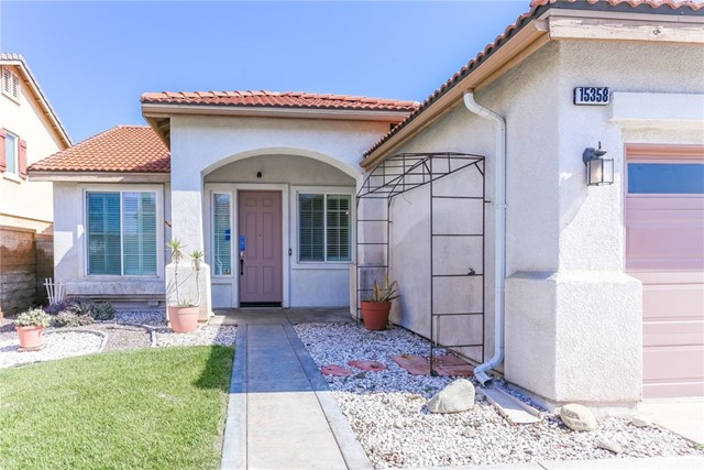 Detail Gallery Image 1 of 36 For 15358 Isabel Ln, Fontana,  CA 92336 - 4 Beds | 2 Baths