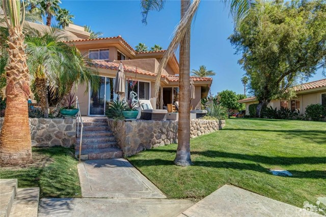 186 Desert Lakes Drive, Rancho Mirage CA: http://media.crmls.org/medias/47fd4089-e86c-419a-aa76-bb6415754946.jpg