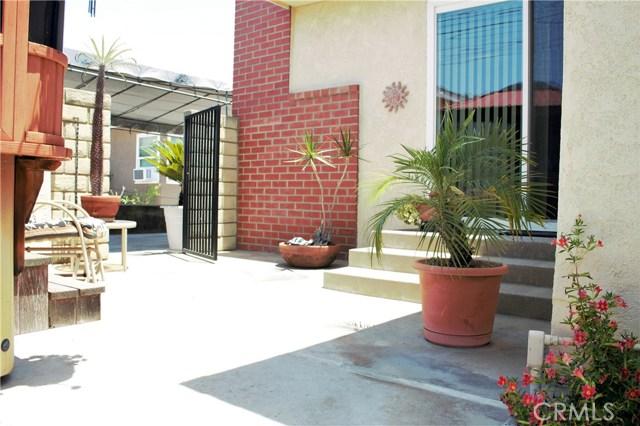 4743 McNab Avenue, Lakewood CA: http://media.crmls.org/medias/47fe7bb8-db87-45aa-aec5-4b85af7be036.jpg
