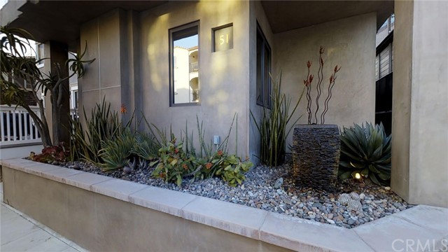 Single Family Home for Sale at 51 58th Place Long Beach, California 90803 United States