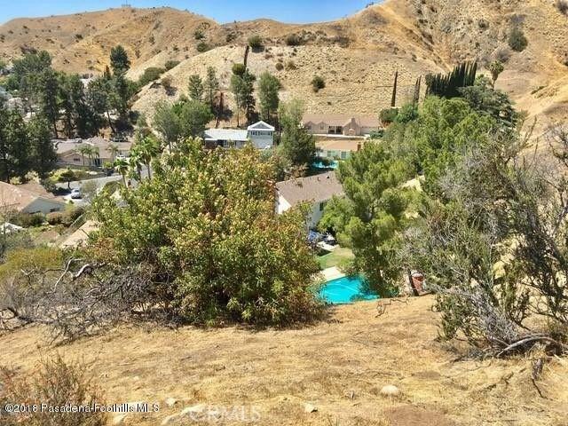 0 Above Petaluma, Sun Valley CA: http://media.crmls.org/medias/4809ee02-1eed-4056-8088-e7a4591395ae.jpg