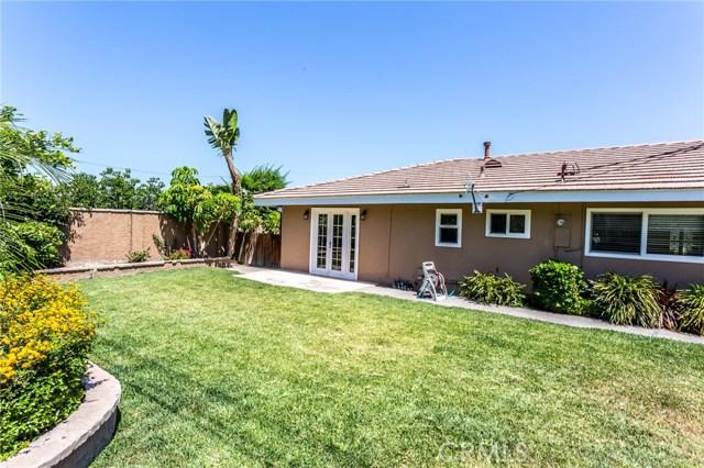 2312 E Villa Vista Way, Orange CA: http://media.crmls.org/medias/4813b45a-3fdd-4b7a-847f-025ce0e15f9f.jpg