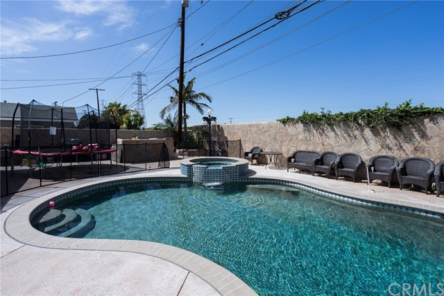 Photo of 9731 Crestwood Lane, Anaheim, CA 92804