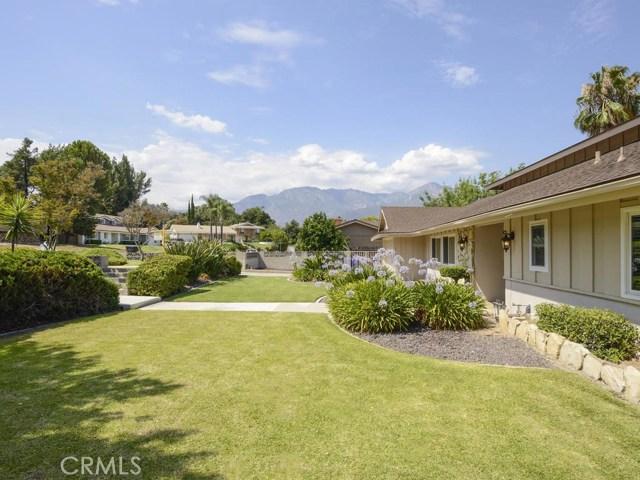 7891 Chula Vista Drive, Rancho Cucamonga CA: http://media.crmls.org/medias/4817aa17-b9fa-406e-96aa-755ed00986ee.jpg