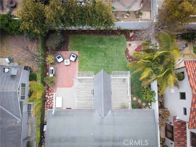 1209 Steinhart Avenue, Redondo Beach CA: http://media.crmls.org/medias/48206456-d18b-4f65-8232-a8787fce0f36.jpg